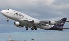 D-ABVM Boeing 747-430 Lufthansa Taking off at Dublin Airport after Painting by IAC into new livery 10-5-18 (2 of 3) (Conor O'Flaherty) Tags: dabvm boeing 747 747400 747430 lufthansa repaint dublinairport dub eidw takeoff airport aviation frank frankfurt 744 jet dublin