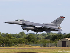 USAF F-16C 90-0813 (birrlad) Tags: fairford ffd airbase riat royal international air tattoo airshow takeoff departure departing runway aircraft aviation airplane airplanes supersonic attack combat afterburner jet fighter usaf f16c 900813 f16 united states airforce general dynamics fighting falcon raf