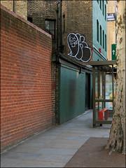 Oker (Alex Ellison) Tags: oker gsd throwup throwie southlondon urban graffiti graff boobs
