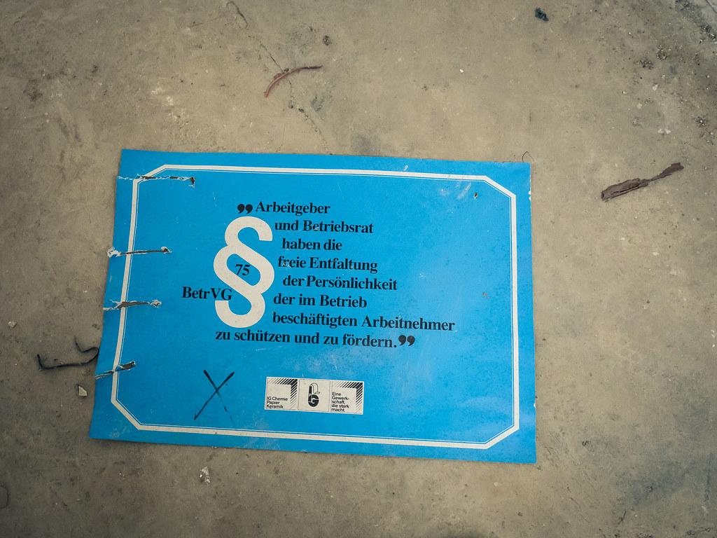 11262017 Die Porzellanmanufaktur 0029 Charly St Tags Lumixgx80 Lostplace Lost Panasonic Olympus Omdem5ii Fabrik Porzellan Urbex