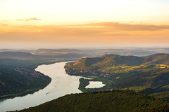 Danube bend in sunset (CsiziPhoto) Tags: