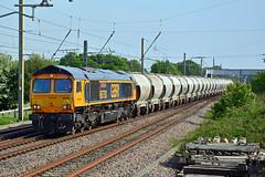 66750 6M35 Euxton (British Rail 1980s and 1990s) Tags: train rail railway loco locomotive lmr londonmidlandregion mainline wcml westcoastmainline lancs lancashire livery preston liveried traction diesel freight railfreight 66 class66