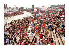 Har ki Pauri (Elishams) Tags: india indian traditional crowd culture uttaranchal indianarchive hinduism pilgrimage ganga ganges pilgrims ghat haridwar northindia gange  harkipauri indedunord