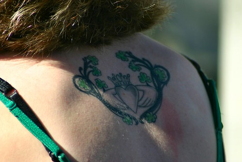 Back to the meaning of the Claddagh Tattoo Design