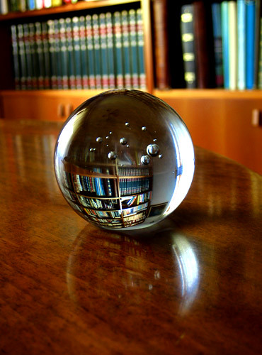 Isobel T's picture of a crystal ball