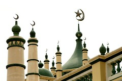 symbols (Farl) Tags: travel colors star singapore spires muslim islam faith religion mosque crescent dome tradition multicultural abdul masjid minarets gaffoor abdulgaffoor
