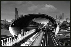 Noise Absorption Tunnel (JosephRPalmer Photography) Tags: city blackandwhite bw chicago 2006 explore future eltrain futuristic chicagoguessed chicagoist abigfave chicagotraintour chicagosoulexpress nov13show 722located