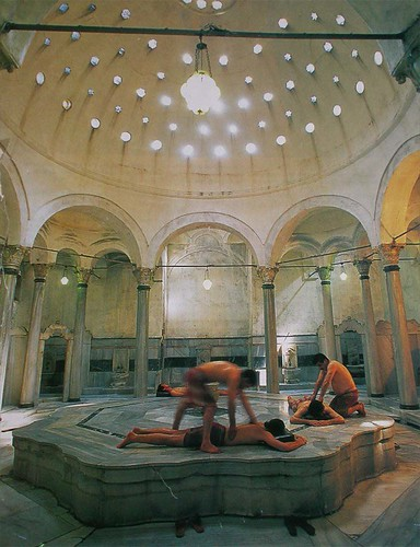 cagaloglu hamam bathing