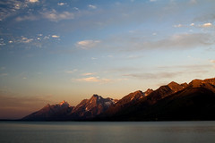 Morning on Jackson Lake (Robby Edwards) Tags: vacation lake mountains water tag3 taggedout sunrise nationalpark tag2 tag1 wyoming grandteton grandtetonnationalpark jacksonlake payitforward abigfave
