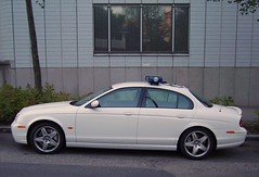 Jaguar S-Type police car (dumell) Tags: white car suomi finland helsinki europe police policecar jaguar helsingfors luxury escort pasila polis asem poliisi ble polisbil poliisiauto whitejaguar tm50