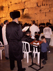 Prayer @ The Western Wall (eyair) Tags: israel jerusalem prayer religion pray jewish jews judaism   westernwall kotel hasidim ultraorthodox        kothel     ashmashashmash