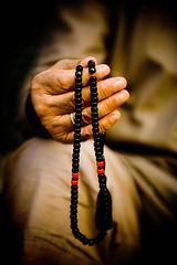 Syrian Man Holding Islamic Prayer Beads, Aleppo, Syria (Eric Lafforgue) Tags: bravo hand muslim islam main prayer pray middleeast arabic hasselblad arabia syria h2 ramadan siria  syrien syrie  sirja suriye arabie   imacon syri