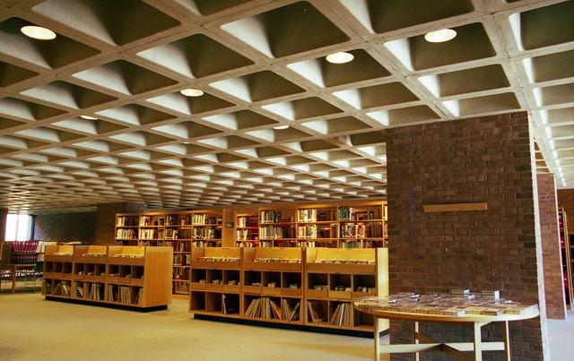 "I.M. Pei ""Cleo Rogers Memorial Library"""