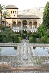 Alhambra (Ard vd Leeuw) Tags: 2005 españa water pond andalucía spain alhambra granada andalusia spanje vijver andalusie