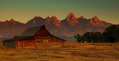 Morning Comes to Moulton Barn (Jeff Clow) Tags: landscape bravo searchthebest quality explore wyoming grandtetons magicdonkey moultonbarn abigfave copyrightedbyjeffrclowallrightsreservednounauthorizedusageallowed betterthangood