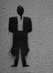 La dame en costume - The Lady in costume (p.franche Visit(ez) mes expositions) Tags: evere mur wall graffiti skancheli monochrome noiretblanc blackandwhite zwartwit blanconegro schwarzweis μαύροκαιάσπρο inbiancoenero 白黒 黑白 чернобелоеизображение svartochvitt أبيضوأسود mustavalkoinen שוואַרץאוןווייַס bestofbw sony sonyalpha65 dxo photolab bruxelles brussel brussels belgium belgique belgïe europe pfranche pascalfranche woman frau 女子 여성 kvinde mujer nainen γυναίκα אישה امرأة nő wanita bean kona donna 女 kvinne kobieta mulher женщина kvinna žena หญิง đànbà vrouw