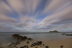 Rabbit Island under a full moon (wileyimages.com) Tags: rabbitisland oahu waimanalo hawaii nightphotography sunrise predawn beach