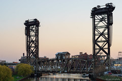 Canal Street railroad bridge (dpsager) Tags: chicago dpsagerphotography illinois river southbranch chicagoriver canalstreetrailroadbridge pennsylvaniarailroadbridge verticalliftbridge