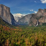 Another Snapshot Photo Opportunity at Tunnel View While Taking in Yosemite Valley thumbnail