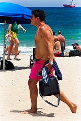 Man walking barefoot on beach (LarryJay99 ) Tags: 2018 beach streets people ftlauderdale ocean atlanticocean barefoot barefus barefuss walking bearc belly bellybutton arms shoulders peeking peekingarmpits peekingpits peekingnipples nipples shirtless sunshades men male man guy guys dude dudes manly virile studly stud masculine sexyman tanned shore hairybelly hairy hairymen legs nape hairylegs candid unaware unsuspecting unsuspectingcandid hotdude hotguys flipflops fllips horizon musculararms masculinity barfuss barefeet feet toes unshod bare bulge bulges bulging