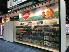 Central Garden and Pet - SuperZoo 2017 (CREATACOR) Tags: central garden pet superzoo 2017 creatacor custom exhibit