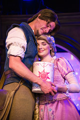 Flynn Rider & Rapunzel in Tangled show - Royal Theatre - Disneyland (GMLSKIS) Tags: disney nikond750 anaheim california rapunzel tangled royaltheatre disneyland
