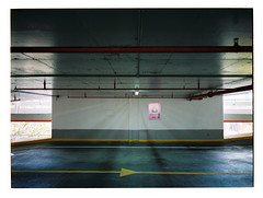Level 4 (@fotodudenz) Tags: fujifilm fuji ga645w ga645wi medium format film rangefinder wide angle point shoot 28mm 45mm 6x45 645 kodak portra 400 carpark melbourne cbd victoria australia 2018 total house yellow paint painted line starburst