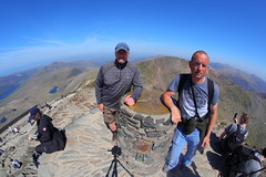 _MG_7006 (Yorkshire Pics) Tags: 2305 23052018 23rdmay 23rdmay2018 snowdon snowdonia snowdonianationalpark wales northwales andrew andrewcollings myself lee leecollings selfie snowdonsummit snowdonsumit snowdonpeak