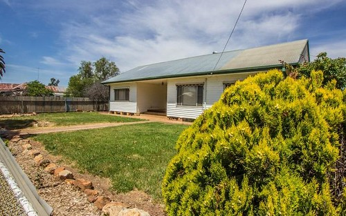 6 Orme Street, Boree Creek NSW 2652