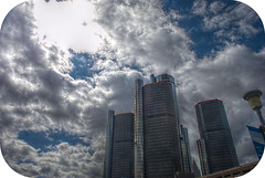 LG 18 04 28 019 (pugpop) Tags: detroit downtown michigan renaissancecenter williamgmillikenstateparkandharbor hdr 2018