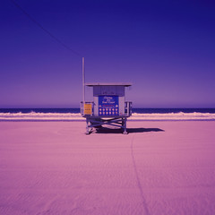 ave 26. venice beach, ca. 2018. (eyetwist) Tags: eyetwistkevinballuff eyetwist ave26 venicebeach lifeguard tower beach sand mamiya xpro e6 crossprocess cross process processed transparency reversal cinestill 800t mamiya6mf mamiya75mmf35l 75mm cinestill800t ishootfilm analog analogue film emulsion mamiya6 square 6x6 mediumformat 120 filmexif iconla epsonv750pro lenstagger losangeles los angeles angeleno ocean venice la oceanfrontwalk pacific baywatch 26thavenue socal california surf horizon pacificocean morning waves false shack hut wire pink purple blue seascape ave 26 minimalist filter kr12 85b daylight tungsten