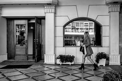 026/365 - Thessaloniki, street photography (Andreas Mamoukas Photography) Tags: thessaloniki macedonia greece street streetphotography macedoniagreece timeless