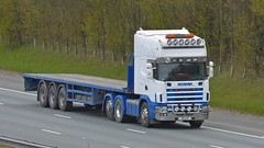 G8 AJD (panmanstan) Tags: scania 164l wagon truck lorry commercial flatbed freight transport haulage vehicle a1m fairburn yorkshire