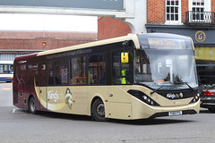 YX65 PYL, Winchester Bus Station, March 18th 2017 (Southsea_Matt) Tags: yx65pyl 37415 route1 thebroadway winchester busstation hampshire england unitedkingdom stagecoach hampshirebus parkride alexanderdennis enviro200 e200 mmc canon 80d sigma 1850mm march 2017 spring bus omnibus vehicle publictransport passengertravel