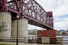 r_180521104_beat0042_a (Mitch Waxman) Tags: eastrivershoreline rooseveltisland rooseveltislandbridge newyork