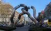 Berlín_0371 (Joanbrebo) Tags: berlin alemania de tauentzienstrase estatua statue charlottenburg canoneos80d eosd efs1018mmf4556isstm autofocus streetscenes gente gent people