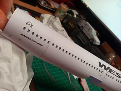 IMG_20180118_201622 (Hipo 50's Maniac) Tags: boeing 737800 westjet papercraft 1100 scale by paperreplikacom paper model aircraft jetliner plane 737 next generation