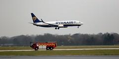 Ryanair EI-FZB J78A1492 (M0JRA) Tags: ryanair eifzb manchester airport planes flying jets biz aircraft pilot sky clouds runways