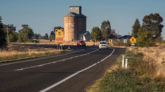 Early morning highway (OzzRod (on the road again)) Tags: pentax k1 smcpentaxk200mmf4 newell highway road cars vehicles silo tichborne singleinmay2018