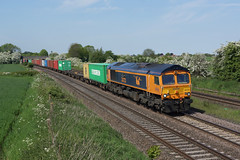 66723 Thurmaston (Gridboy56) Tags: gm gbrf locomotive locomotives uk trains train railways railroad railfreight europe england emd diesel wagons leicestershire thurmaston felixstowe birchcoppice liner intermodal containers freight 66723 4m29 chinook