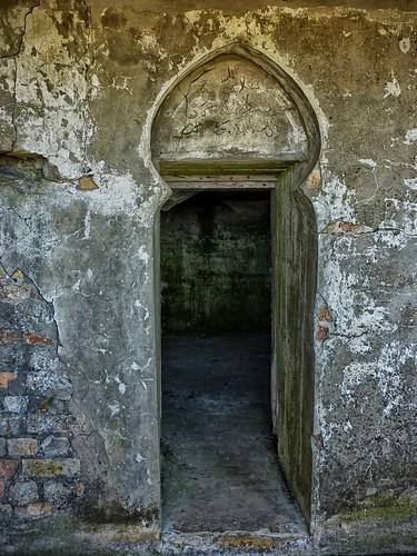 """Arabic bunker"""