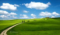 Tuscany road to the sky (W.MAURER foto) Tags: rot italy italien italia toskana toskane tuskany himmel wolken sky clouds landschaft landscape road weg blau grün meadow pienza valdorcia nikond800 tamron1530mmf28 tamron zypressen cypressi 意大利 cypress
