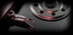 DSCF6404 (bc-schulte) Tags: fujifilm xt20 fujinon 1650mm mcex11 mcex16 macro makro metall metal festplatte harddrive lesekopf closeup