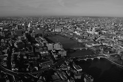 London (B&W) (Hachimaki123) Tags: london londres uk paisaje landscape theshard blackwhite blanconegro