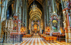 St Stephen's Cathedral, Vienna, 12th Century (Wendy Rauw) Tags: