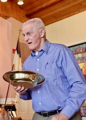 Worship Service with Dr. Richard Flashman (4/29/2018) - Offering (nomad7674) Tags: 2018 20180429 april beacon hill church beaconhill beaconhillchurch efca evangelical free worship service monroe ct monroect offering offertory offeratory usher