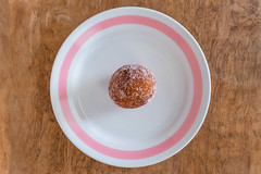 Munkki (pni) Tags: doughnut munkki fried sugar dough munk table plate pink white brown confection dessert food cinc helsinki helsingfors finland suomi pekkanikrus skrubu pni