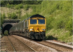 66740. Clarborough tunnel. (Alan Burkwood) Tags: clarborough tunnel gbrf 66740 sarah imminghamcottampowerstation 6f71 loaded coal freight diesel locomotive nottinghamshire