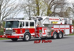 Buffalo, NY. Truck 4 - 2013 American LaFrance Eagle/LTI 2000/0/93' Mid-Mount Tower Ladder (ALF Condor) Tags: 2013 american lafrance la france alf eagle lti ladder towers incorporated tower midmount mm aerial buffalo city ny new york cummins isx12 diesel vin serial 1afhaddf7de1a1175 1a1175 fire apparatus truck tandem axle chassis heavy duty 4 four fd department dept