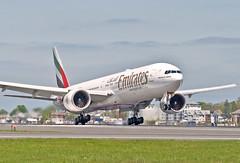 A6-ECW Emirates B777-300ER (jp.marottta) Tags: emiratesairlines flyemirates ek a6ecw loganairport kbos dubai unitedarabemirates boston bos boeing b777300er nikond90 landing planeporn avgeek